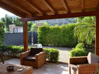 Villa 6 pax in residence with access to the sea. - Campofelice di Roccella vacation rentals