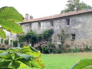 Nice Bed and Breakfast with Swing Set and Balcony - Le Puy-Saint-Bonnet vacation rentals