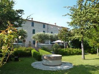 La Panoramica (Palazzo '700 colline marchigiane) - Cingoli vacation rentals