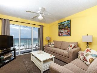 GD 404:PANORAMIC VIEWS, FREE BEACH SERVICE, RIGHT ON BEACH, BOOK NOW! - Fort Walton Beach vacation rentals