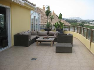 Penthouse with large roof terrace and view - Moraira vacation rentals