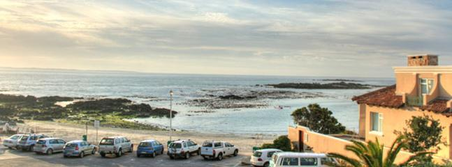 Sea-view from Blaauwberg House balcony - Blaauwberg House - Bloubergstrand - rentals