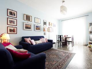 A Haven in Rome, 1 min from tube, free WI-FI, A/C - Rome vacation rentals