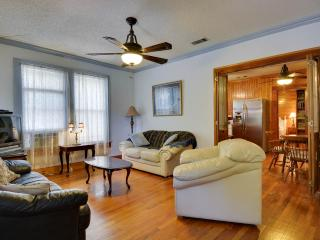 Zilker, SOCO, Downtown, Bouldin Creek  monthly - Austin vacation rentals