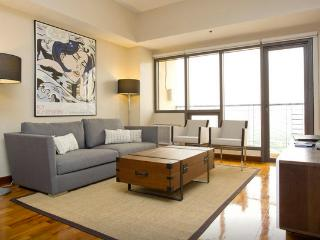 LUXE 2 BEDROOM, GREENBELT MAKATI - Makati vacation rentals