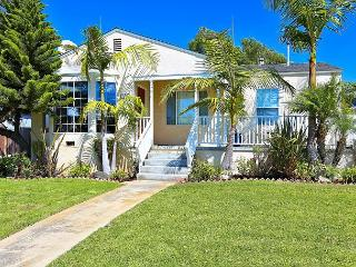 Bright 3BR in El Segundo - 1 Block to Main St. and 1 Mile to the Beach! - El Segundo vacation rentals