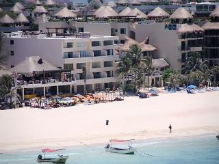 Loft style condo with pool, 2 bedroom in Ocean Plaza - Playa del Carmen vacation rentals