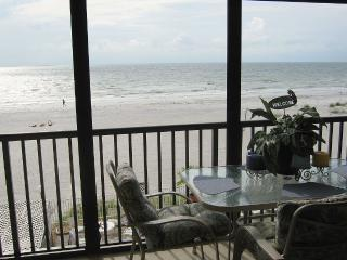 Beach front condo, Special last minute rates - Indian Shores vacation rentals