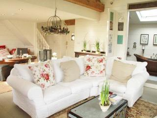 The Garden Room 5* Unique Boutique Retreat - Cholmondley vacation rentals