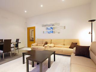 Bright 4 bedroom House in Madrid - Madrid vacation rentals