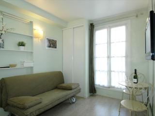 Lapin Agile II - Paris vacation rentals