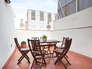 BWH Montjuïc Atico apartment in Sants with WiFi, airconditioning (warm / koud), privéterras & lift.… - Barcelona vacation rentals