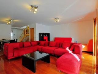 Do Galvão III apartment in Belém with WiFi & privéparkeerplaats. - Lisbon vacation rentals