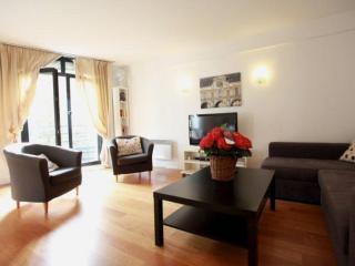 Vavin apartment in 06ème - St Germain des Prés with WiFi & lift. - Paris vacation rentals