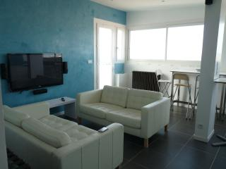 2 bedroom Condo with Internet Access in Toulouse - Toulouse vacation rentals