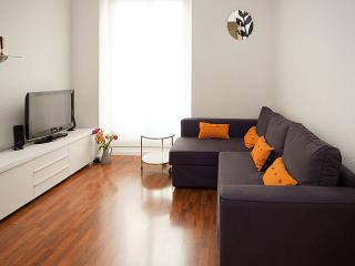 Ministriles apartment in Lavapies with airconditioning (warm / koud). - Madrid vacation rentals