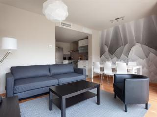 BWH Parc Güell 3 1 apartment in Carmel with WiFi, airconditioning (warm / koud), balkon & lift. - Barcelona vacation rentals
