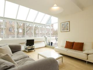 2 bedroom House with Internet Access in London - London vacation rentals