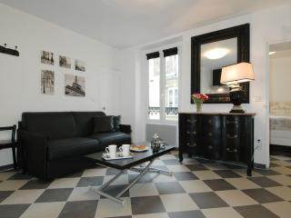 Malar Chess - Paris vacation rentals