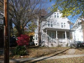 Spacious 6BD house - Ann Arbor vacation rentals