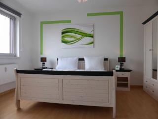 Lilie Tempel - Berlin vacation rentals