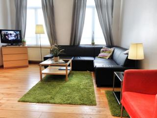Bourse I apartment in Brussel centrum with WiFi. - Brussels vacation rentals