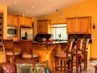 5-Star Luxury Tahoe Cabin! Pool Table! Darts! Ping Pong! Poker! Games! - South Lake Tahoe vacation rentals