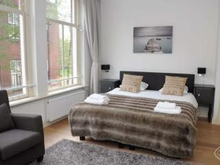 Comfortable 1 bedroom House in Amsterdam - Amsterdam vacation rentals