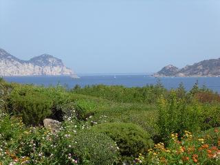 Villa Loredana, sea view, in Punta Molara - Monte Petrosu vacation rentals