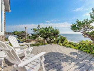 Perfect oceanfront beach getaway with amazing views - walk to the beach! - Gleneden Beach vacation rentals