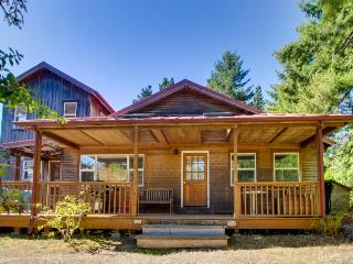 A charming home perfectly located in Manzanita - Manzanita vacation rentals