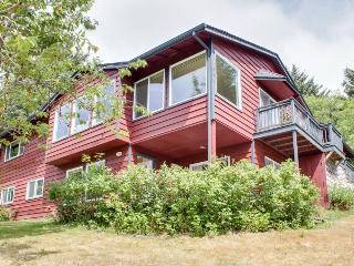 Spacious and pet-friendly home close to the beach - Cannon Beach vacation rentals