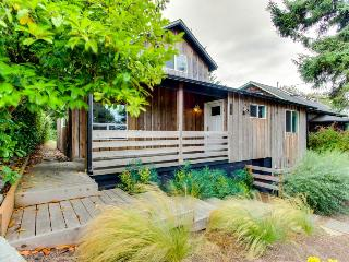 Modern home along the Ridgepath Trail w/ room for 4 & 1 dog! - Gearhart vacation rentals