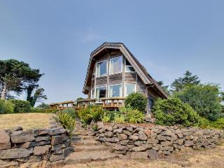 Enjoy ocean views from this dog-friendly home for 9. - Cannon Beach vacation rentals