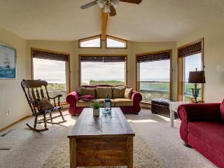 Oceanfront home for eight awaits. - Rockaway Beach vacation rentals