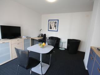 ZG Magnolia I - Zugersee HITrental Apartment Zug - Zug vacation rentals