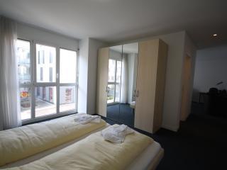 ZG Dahlia I - Zugersee HITrental Apartment Zug - Zug vacation rentals