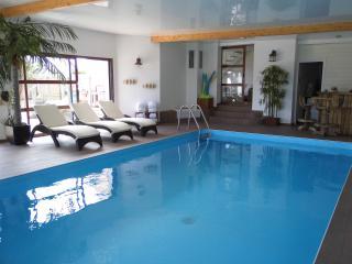 Bright 5 bedroom Villa in Brignogan-Plage - Brignogan-Plage vacation rentals