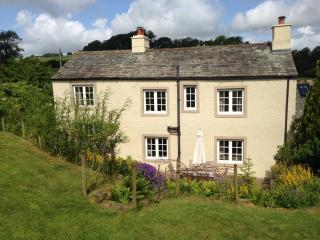 Charming 3 bedroom Caldbeck Cottage with Internet Access - Caldbeck vacation rentals