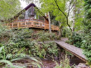 Expansive wooded home with a brook, hot tub, and firepit - Rhododendron vacation rentals