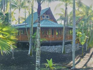 Nahele: eco Polynesian bamboo home in rural Hawaii - Pahoa vacation rentals