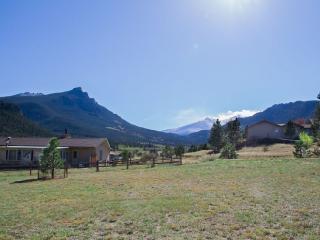 Stunning Views of Long's Peak & Twin Sisters - Estes Park vacation rentals