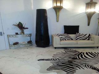 Mi Casa es Su Casa -My Home is Your Home - Coconut Grove vacation rentals