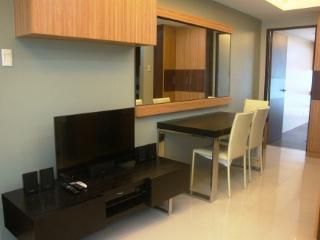 Greenbelt Chancellor 11i - One Bedroom Apartment - Makati vacation rentals