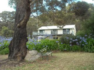 Beautiful Cottage with Deck and Internet Access - Porongurup vacation rentals