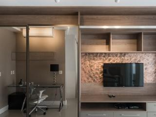 Lovely 1 bedroom Condo in Sao Paulo with Balcony - Sao Paulo vacation rentals