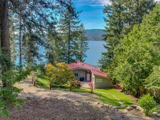 Secluded waterfront cabin & separate bungalow w/private beach & dock! - Coeur d'Alene vacation rentals