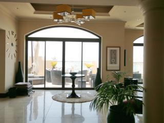 Panoramic Penthouse in Dubai Palm Jumeirah - Dubai vacation rentals