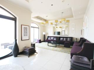 Panoramic Penthouse in Dubai Palm Jumeirah - Dubai vacation rentals