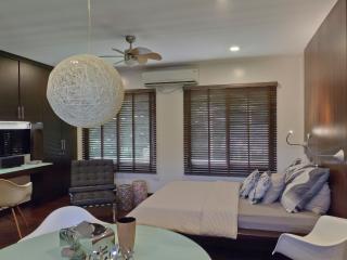 Mod Studio 3 Minute Walk to Boracay's White Beach - Boracay vacation rentals